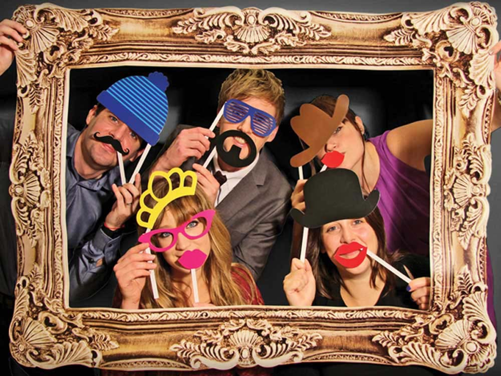 photo booth accessories with frame photo booth accessories. Black Bedroom Furniture Sets. Home Design Ideas