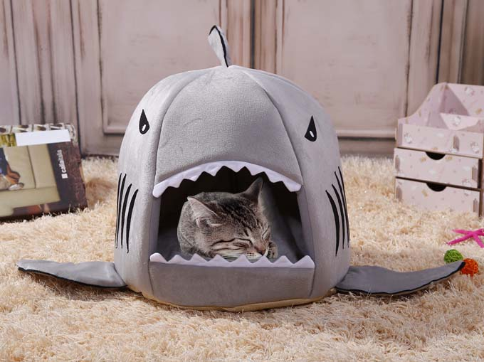 panier a chat requin shark cat dog bed. Black Bedroom Furniture Sets. Home Design Ideas